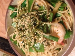 Japanese Ramen with Shrimp and Pea Pods